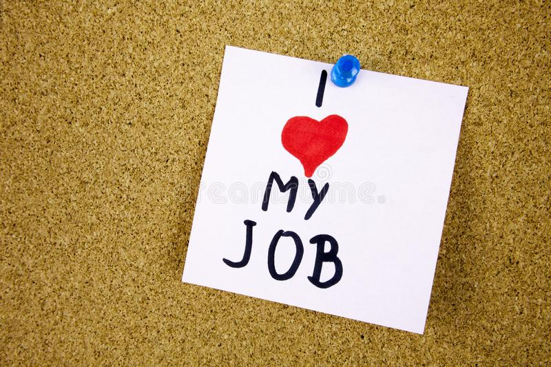i-love-my-job-note-adhesive-over-cork-board-background-businnes-concept-124287137